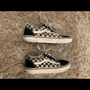 Vans checkered laced